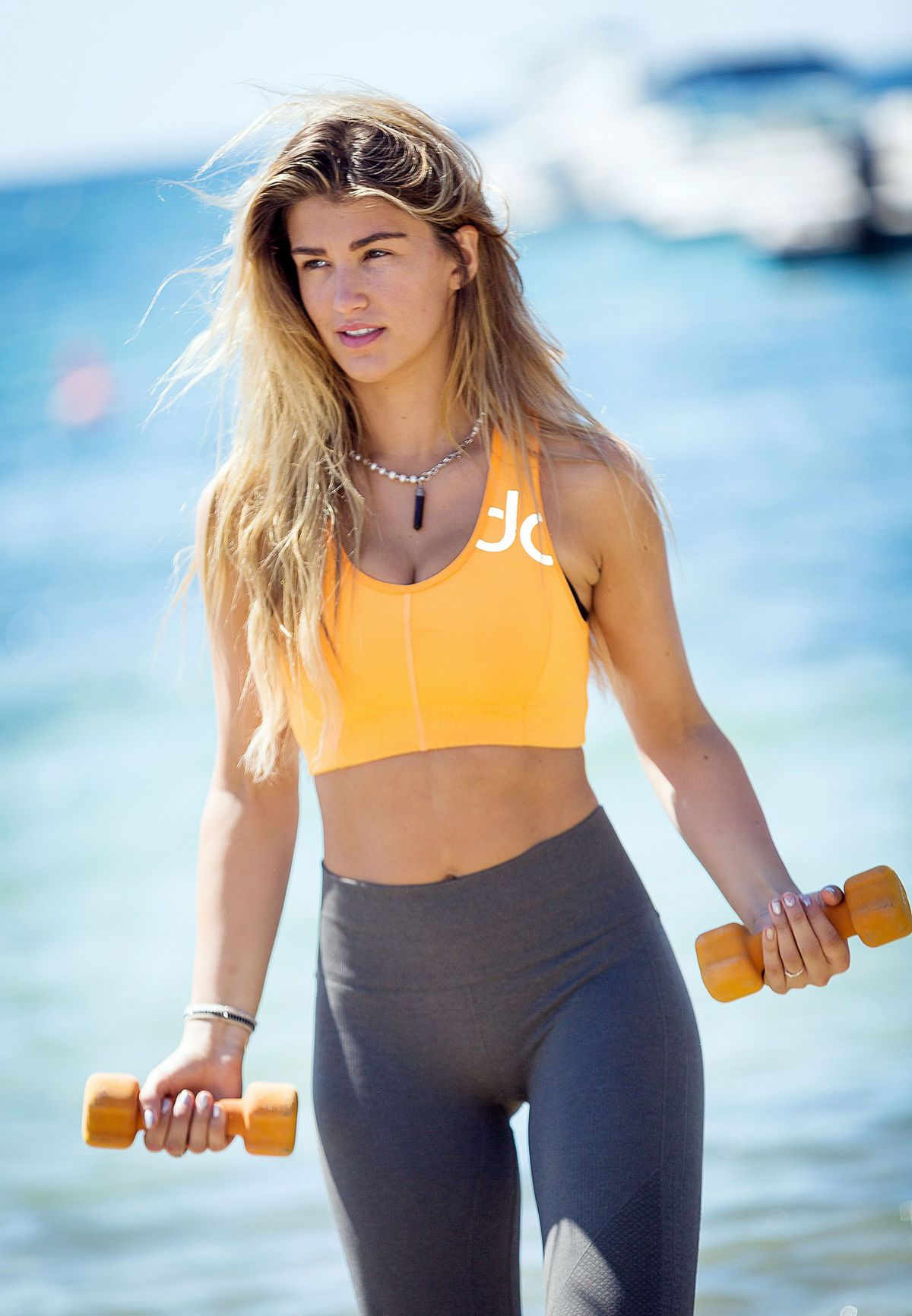 amy-willerton-hot-sizzling-images
