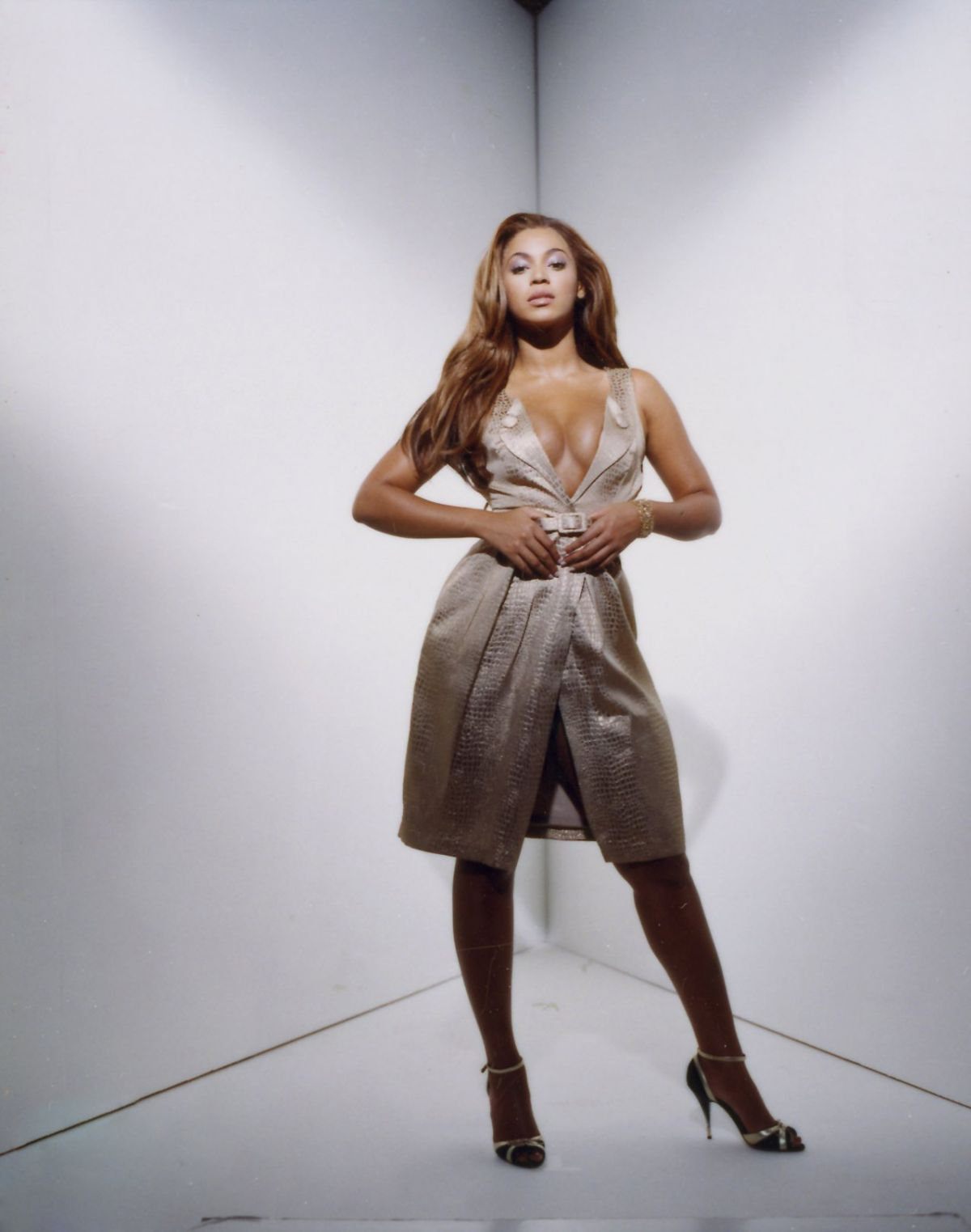 beyonce-naked-wallpapers
