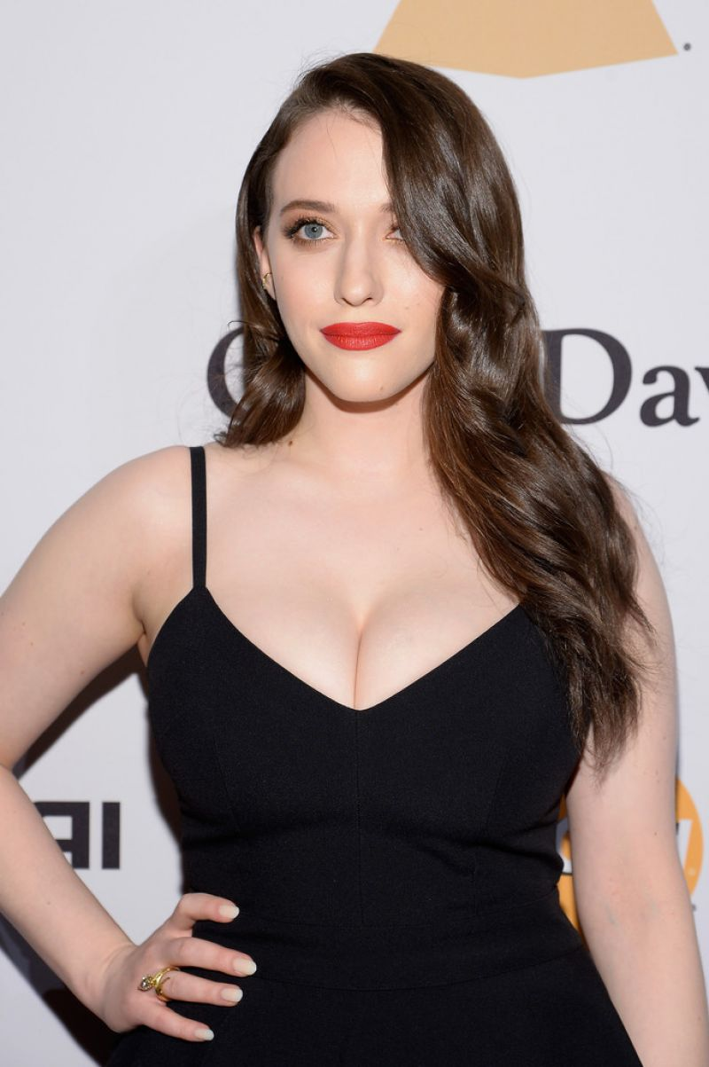 kat-dennings-hot-photos