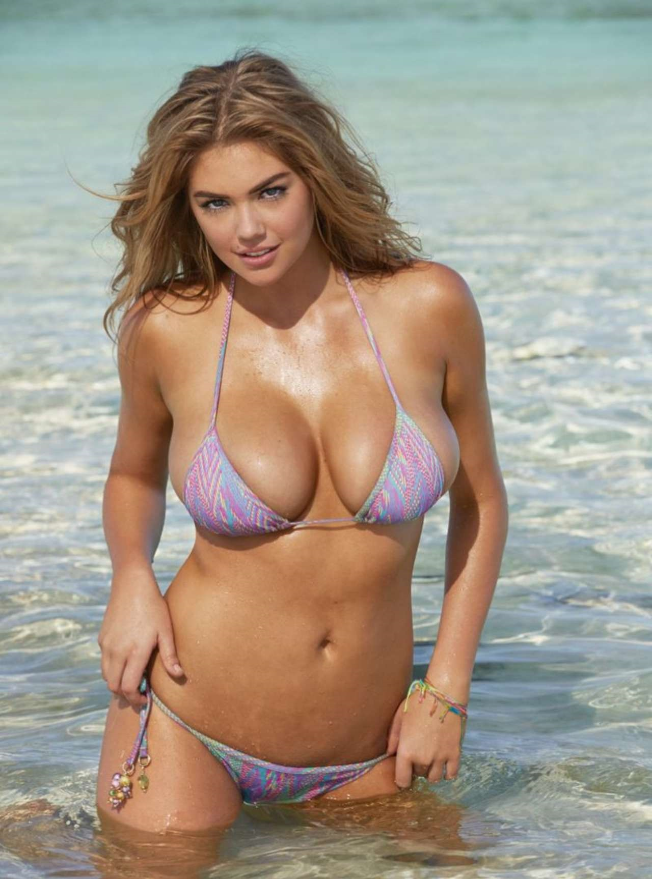 kate-upton-spicy-stills