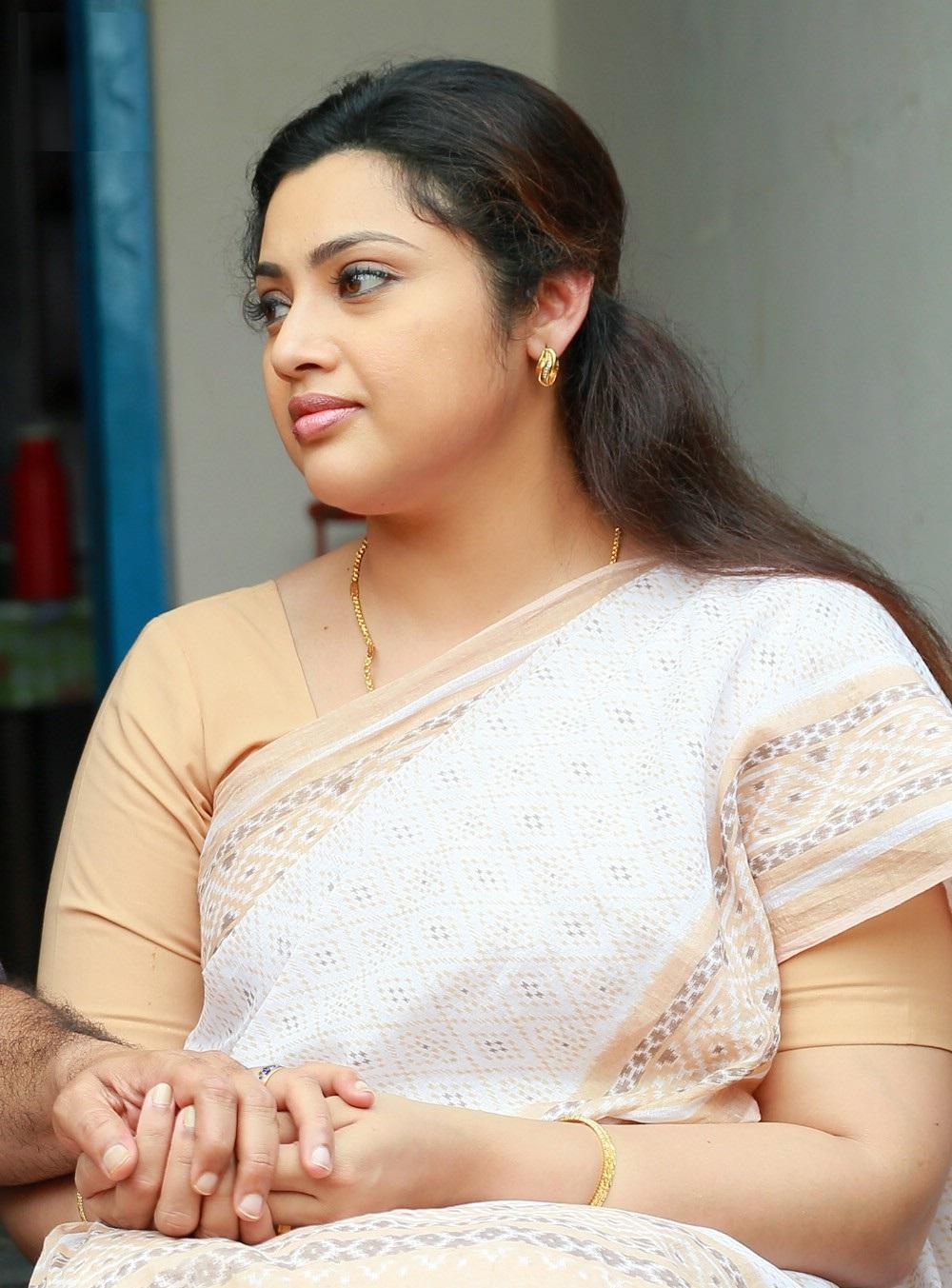 meena-actress-wiki