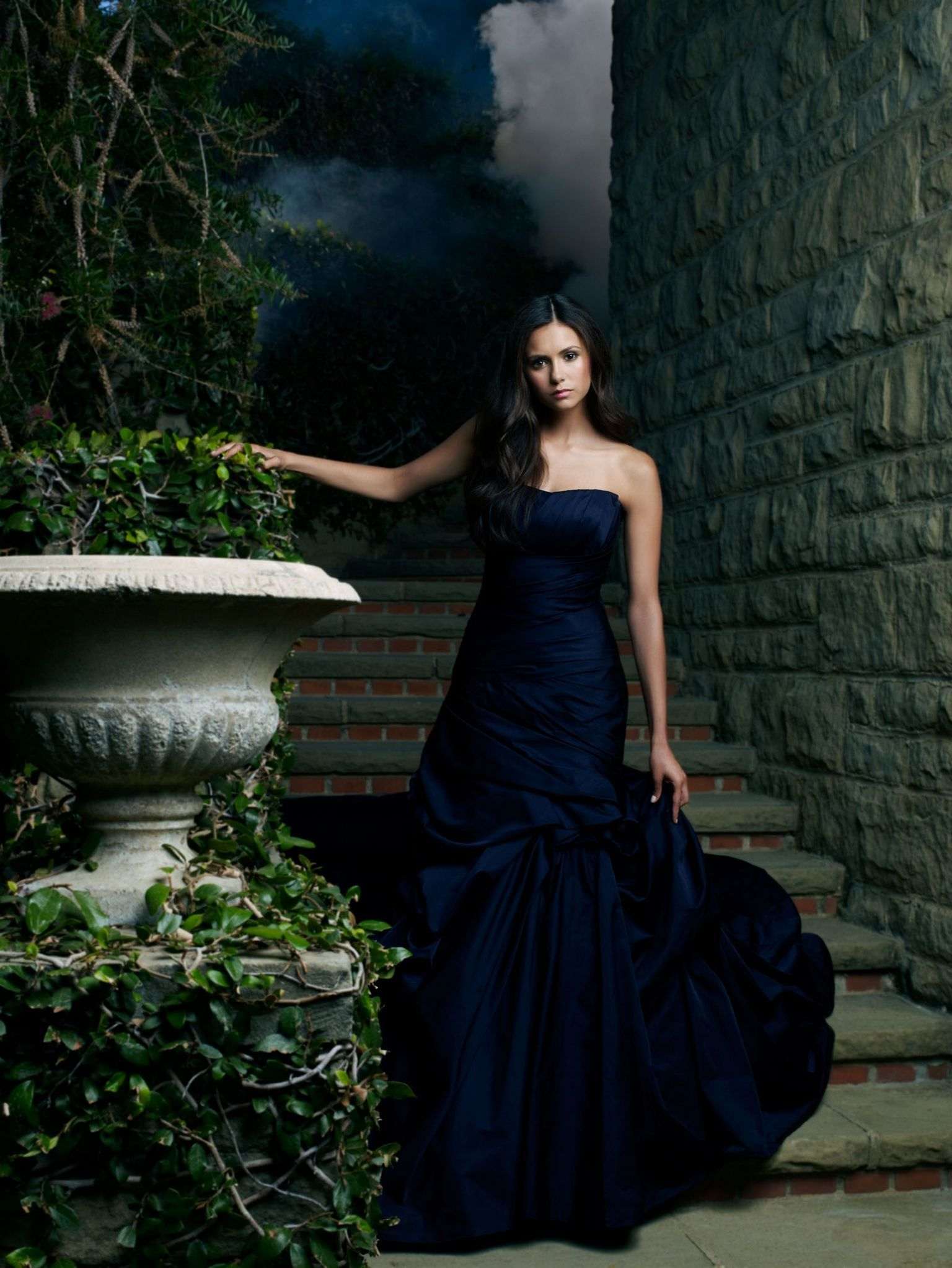 The Vampire Diaries Pictured: Nina Dobrev as Elena Photo Credit: Andrew Eccles / The CW © 2009 The CW Network, LLC. All Rights Reserved.
