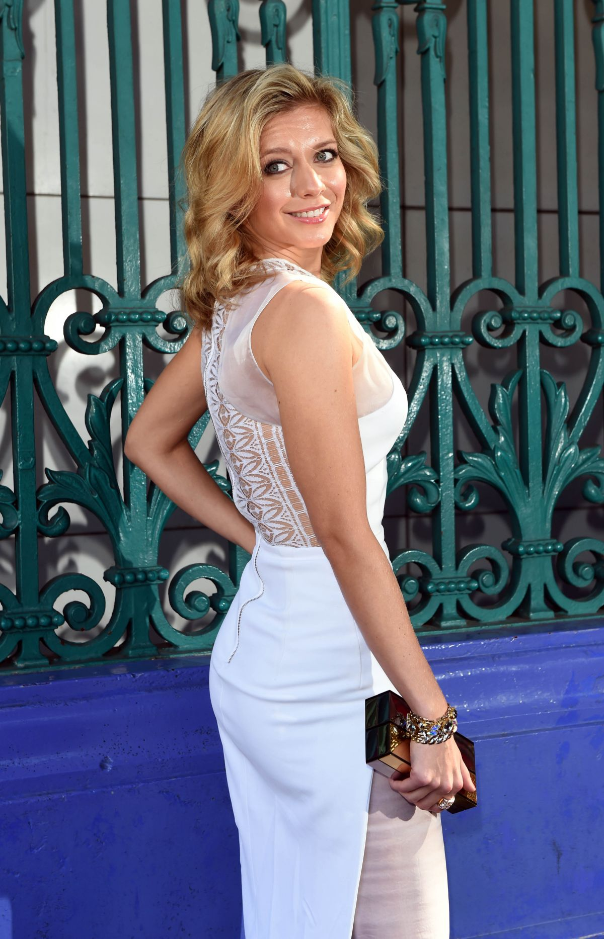 rachel-riley-showing-hot-ass
