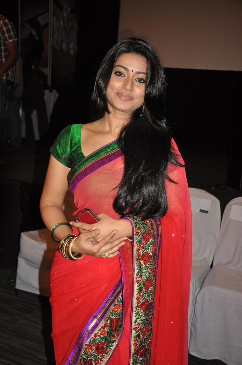 tamil-actress-sneha-without-dress-photos