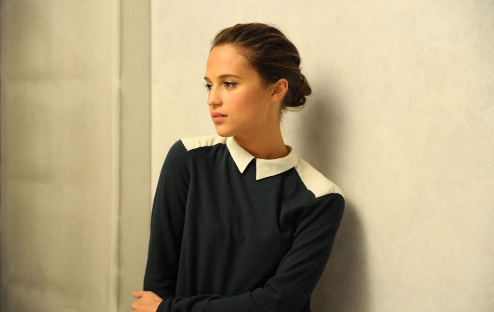 alicia-vikander-hot-wallpapers