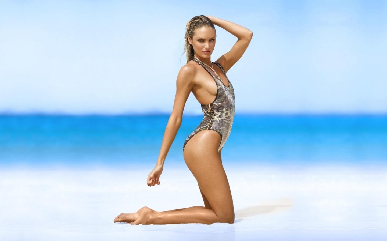 candice-swanepoel-bikini
