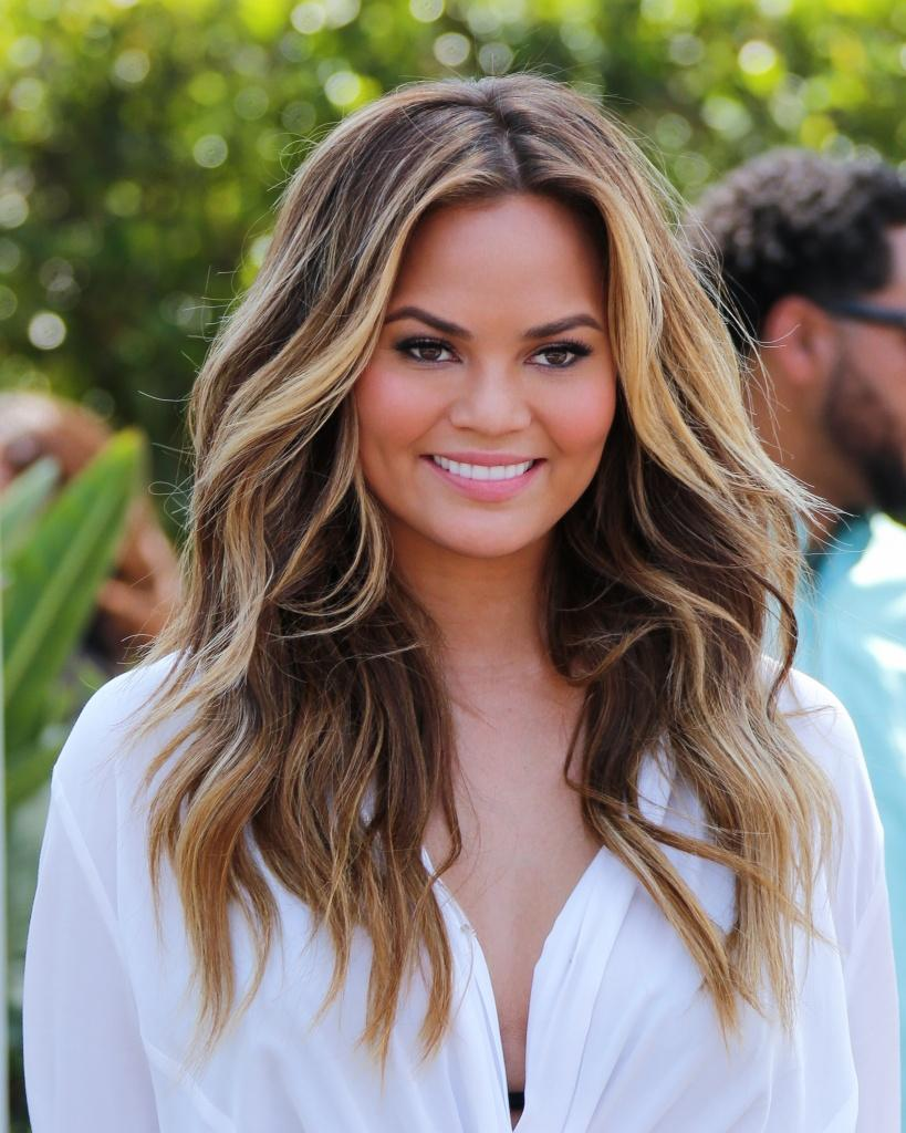 LOS ANGELES, CA - MAY 20: Model Chrissy Teigen is seen at Universal CityWalk on May 20, 2015 in Los Angeles, California. (Photo by Paul Archuleta/GC Images)