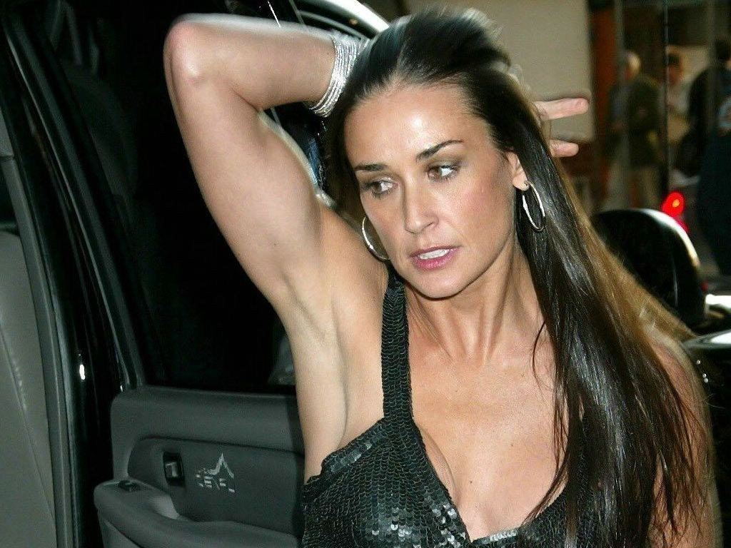 demi-moore-sexy-wallpapers
