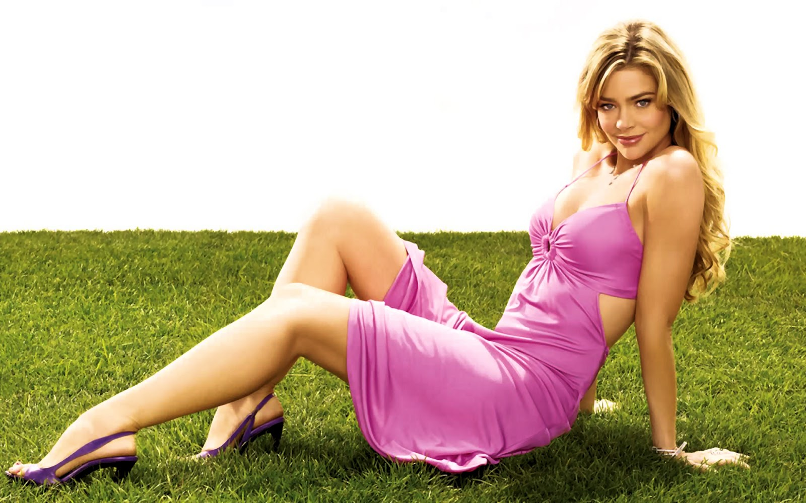 denise-richards-hot-photos