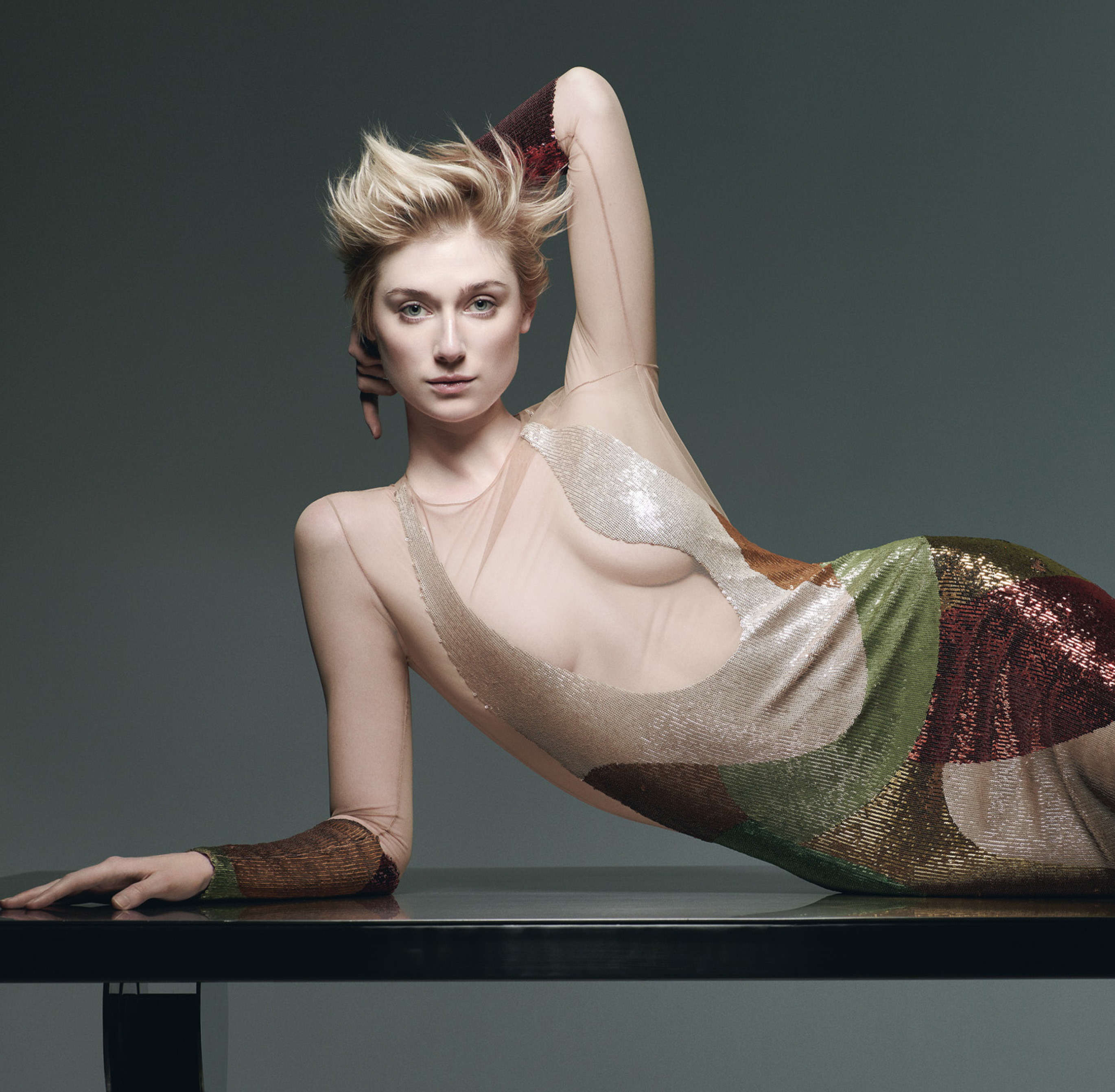 elizabeth-debicki-hot-stills