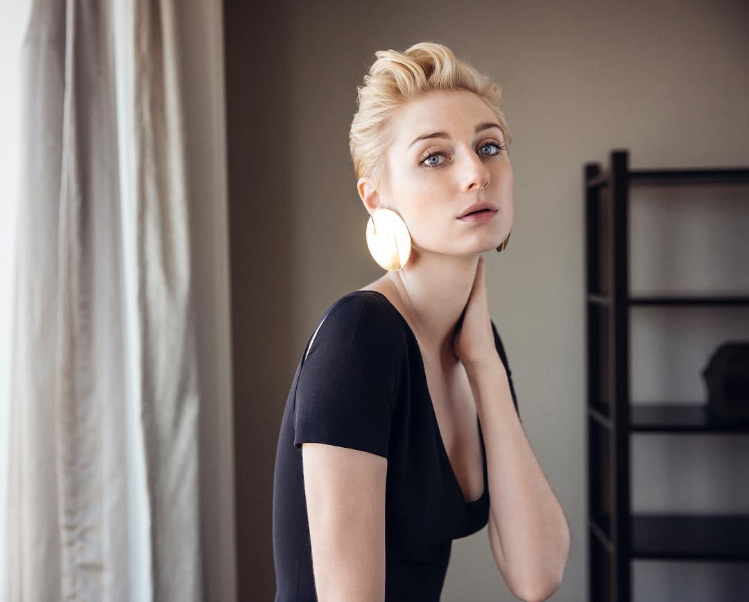 elizabeth-debicki-sexy-stills