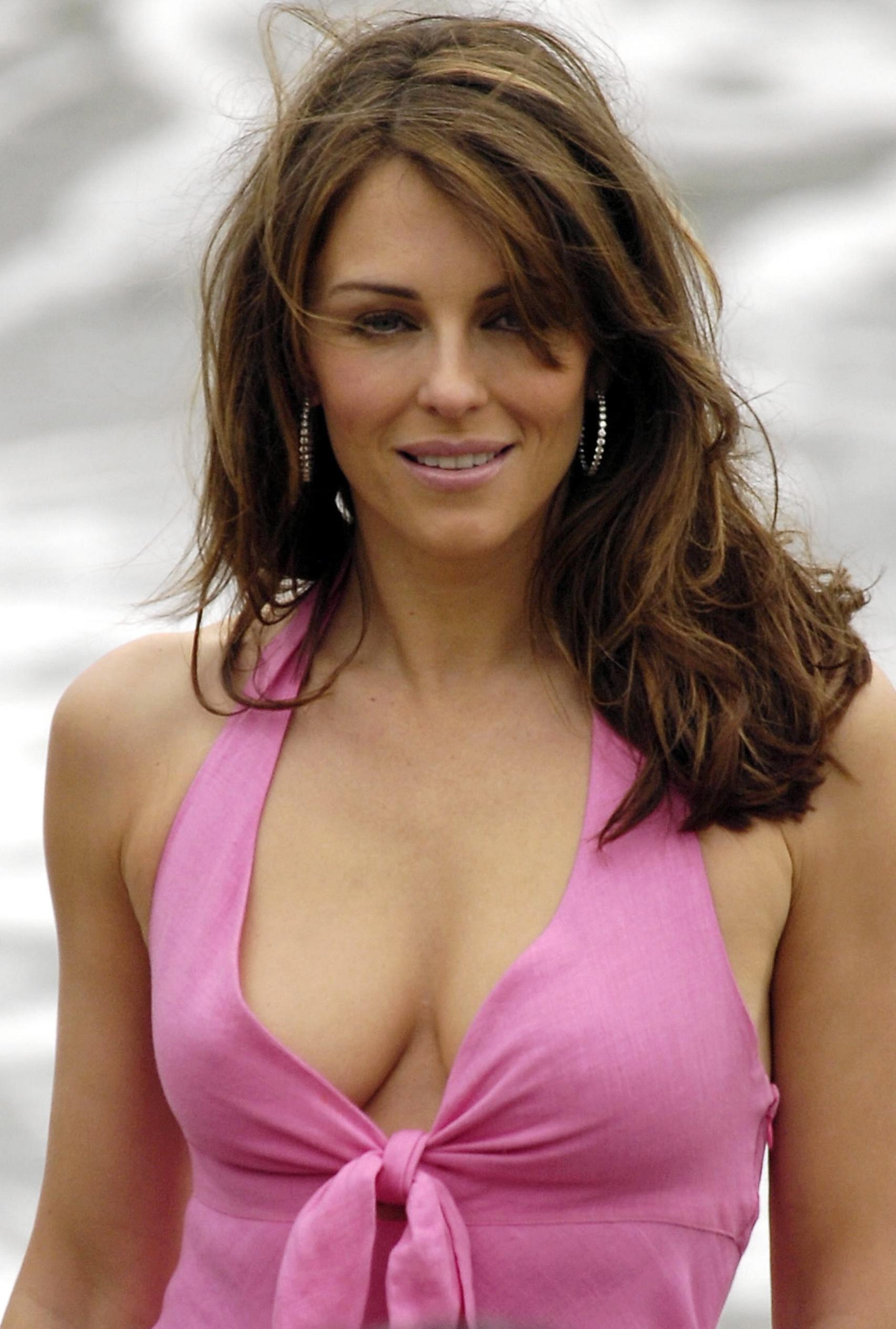 elizabeth-hurley-latest-images