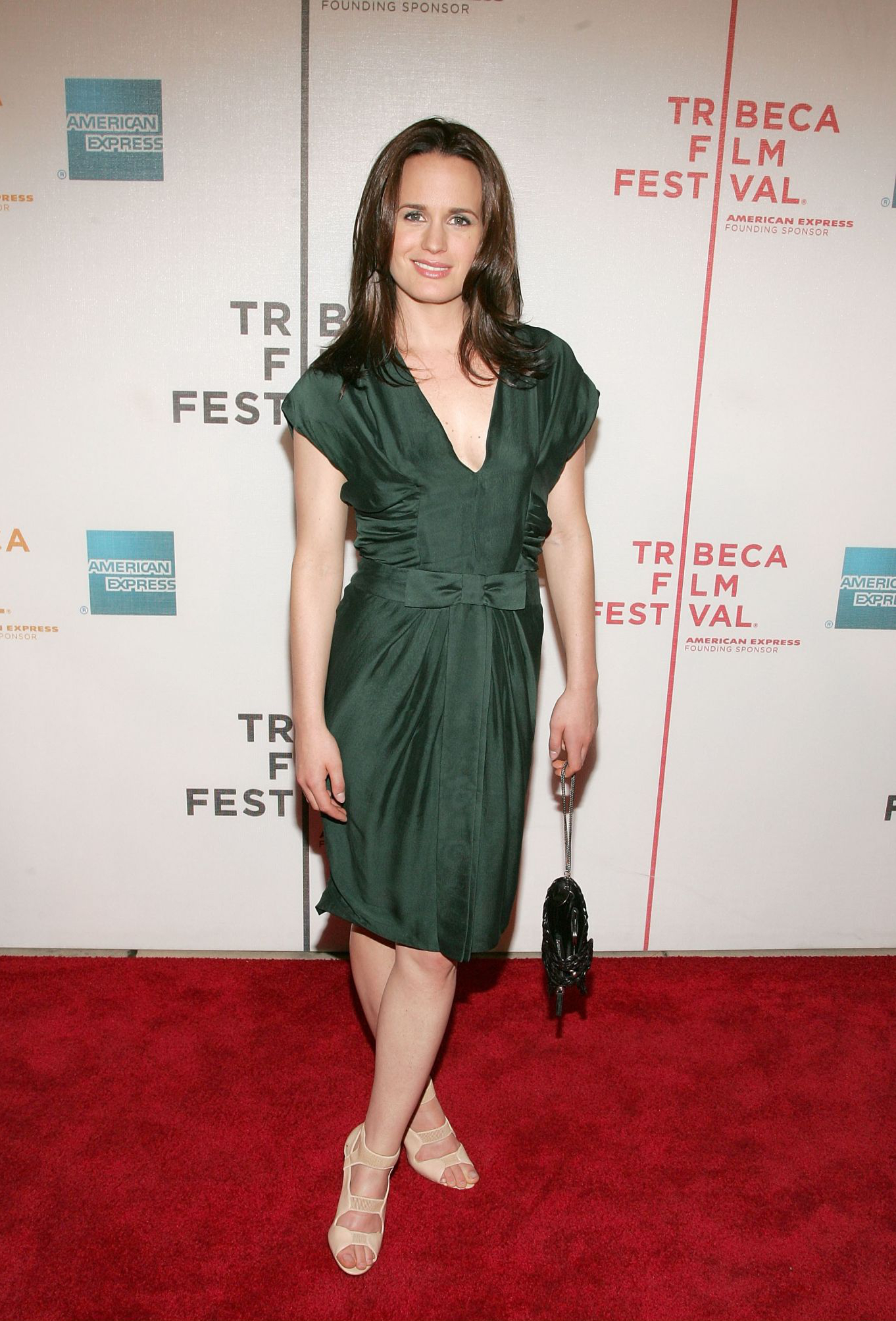 elizabeth-reaser-topless