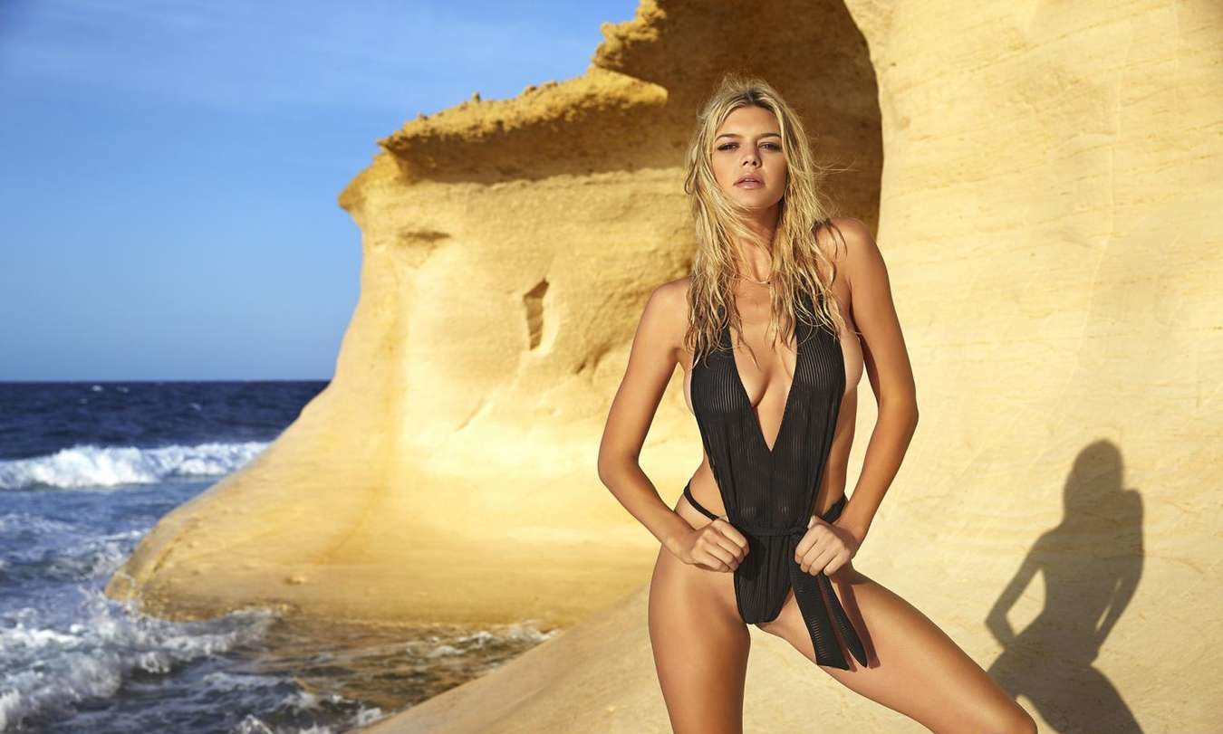 kelly-rohrbach-hot-images