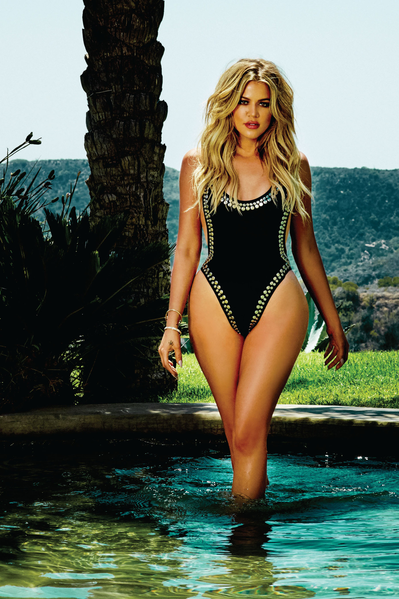 khloe-kardashian-latest-sexy-photos