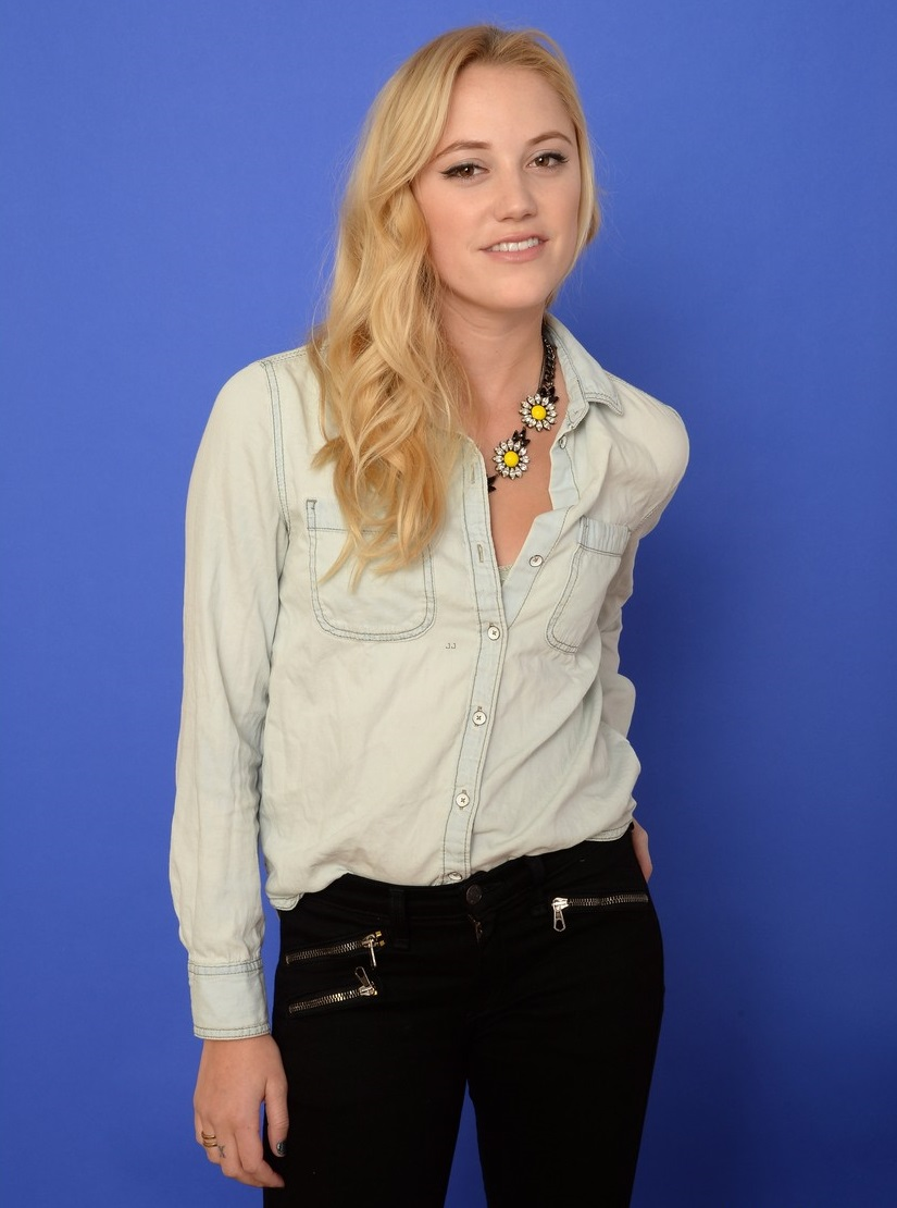 PARK CITY, UT - JANUARY 18: Actress Maika Monroe poses for a portrait during the 2014 Sundance Film Festival at the Getty Images Portrait Studio at the Village At The Lift on January 18, 2014 in Park City, Utah. (Photo by Larry Busacca/Getty Images)