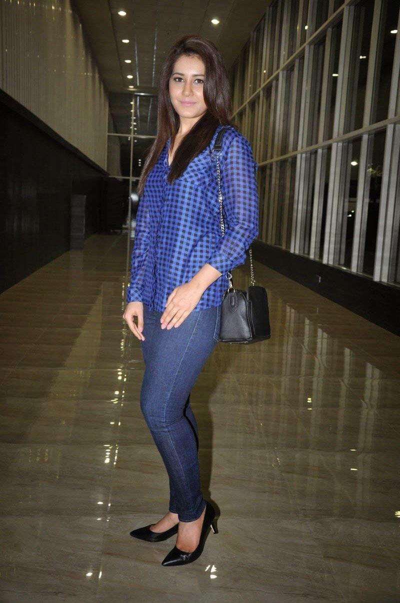 raashi-khanna-in-jeans-shirt