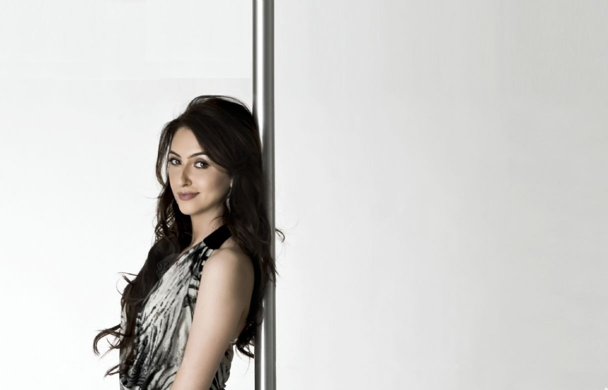 saumya-tandon-wallpapers