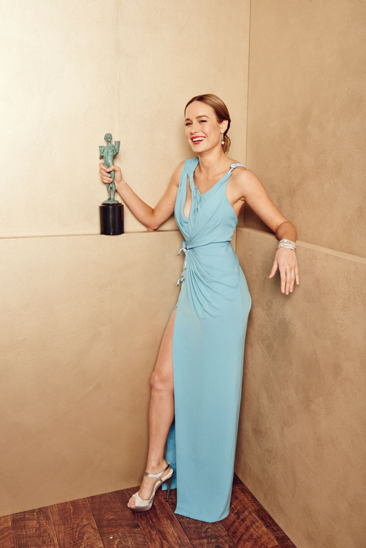 brie-larson-hot-photoshoot
