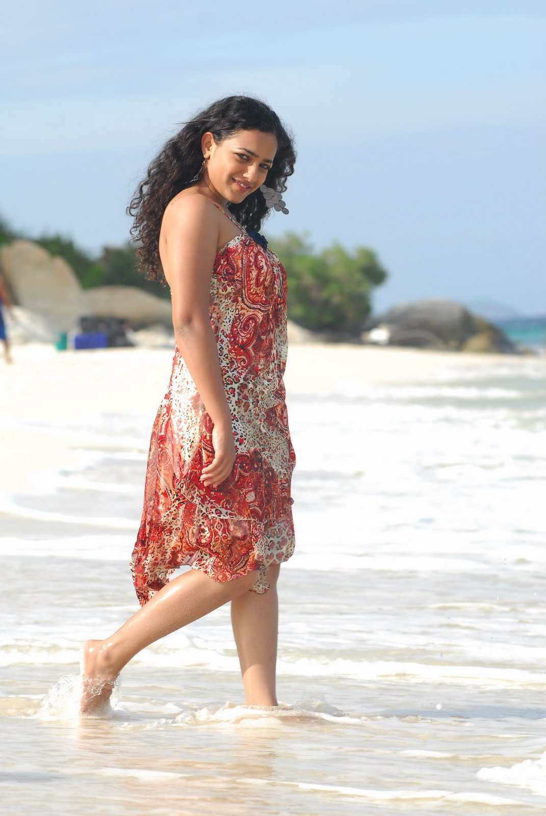 nithya-menon-hot-and-spicy-pics