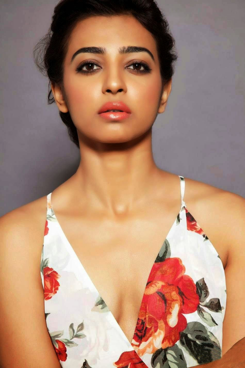 radhika-apte-nude-wallpapers