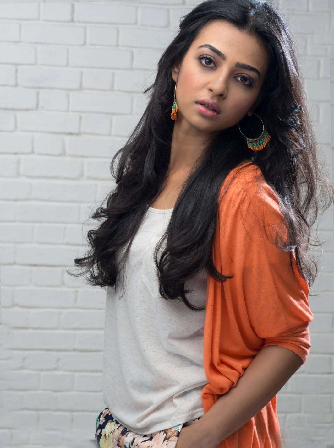 radhika-apte-sexy