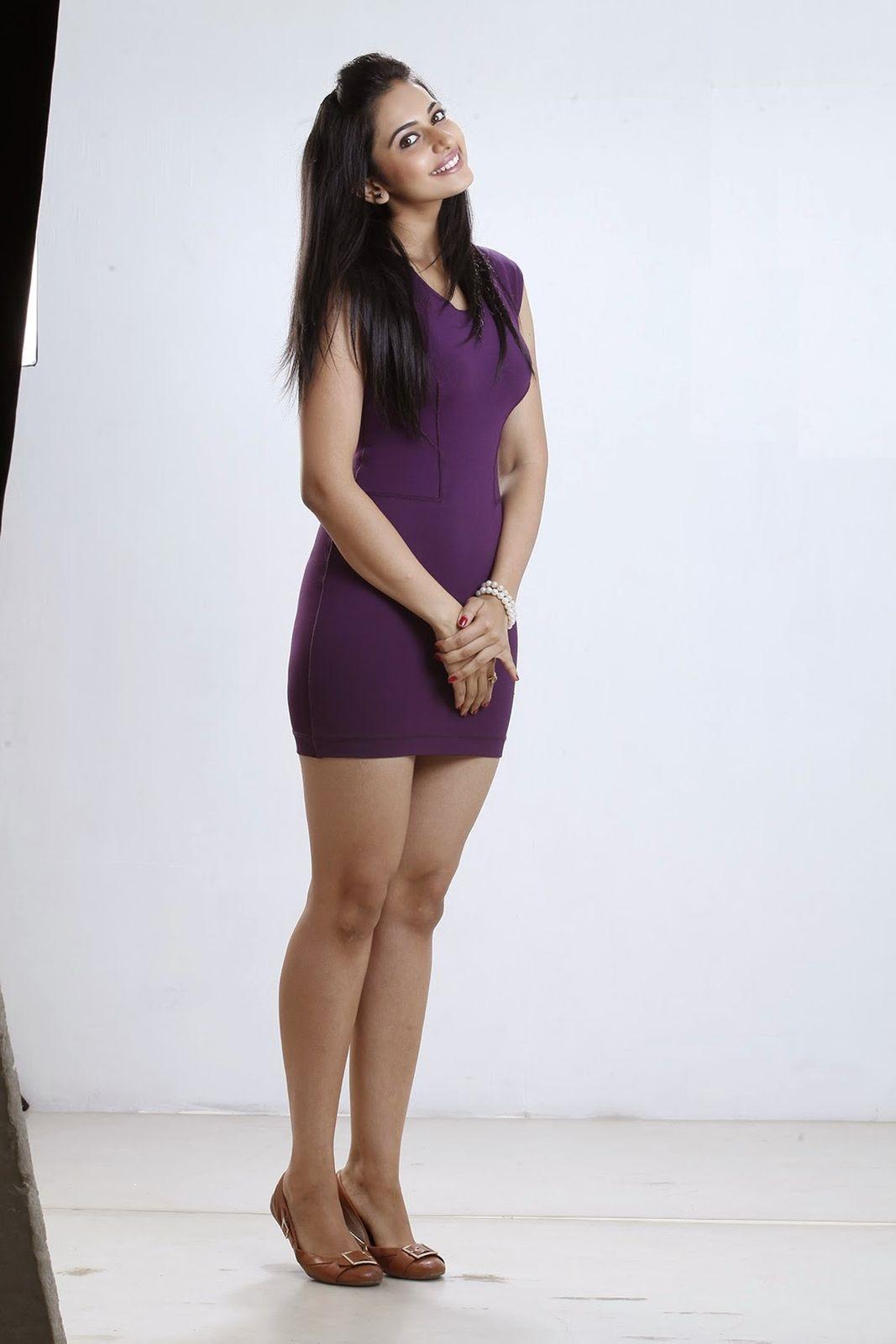 rakul-preet-singh-loukyam-saree