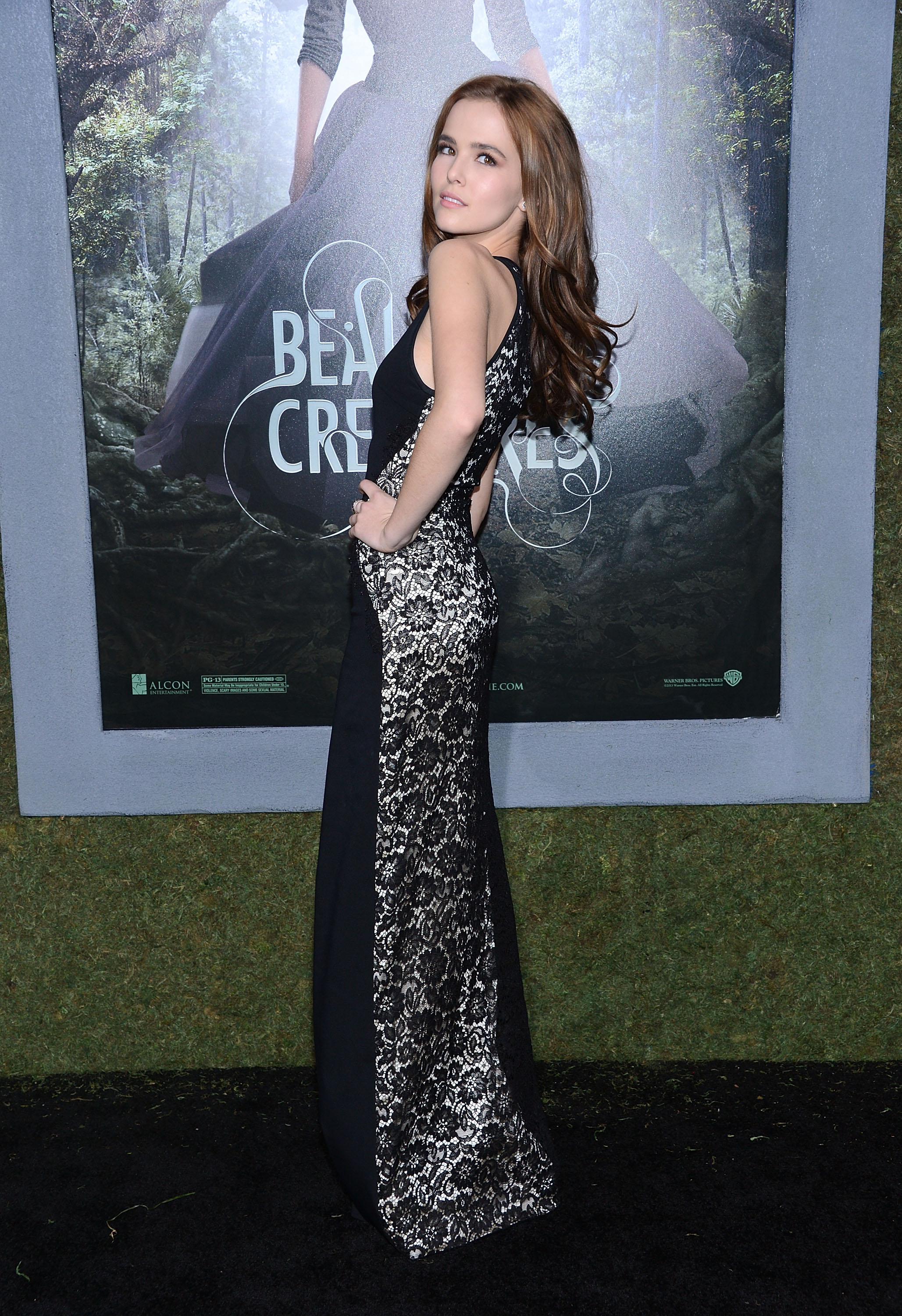 "HOLLYWOOD, CA - FEBRUARY 06: Actress Zoey Deutch attends the premiere of Warner Bros. Pictures' ""Beautiful Creatures"" at TCL Chinese Theatre on February 6, 2013 in Hollywood, California. (Photo by Jason Kempin/Getty Images)"