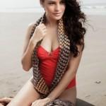 Jacqueline-Fernandez-Bold-Bikini-Pics.jpg