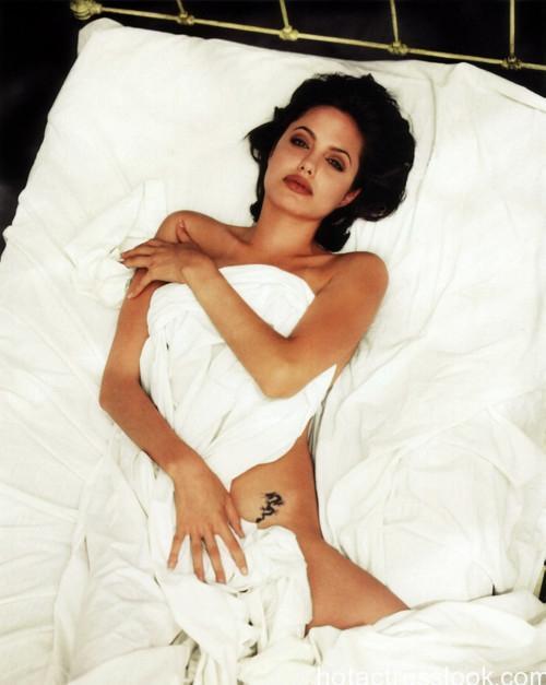 Angelina Jolie very sex photo