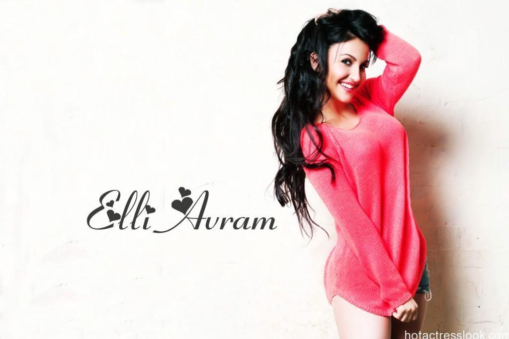 Elli Bikini Photo