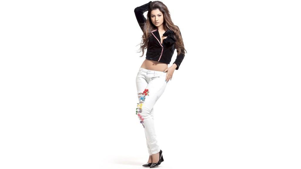 Gauhar-Khan-HD-Sexy