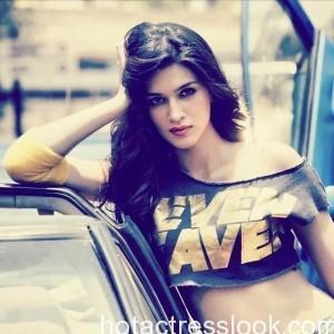 Kriti Sanon Hot and Sexy Photos