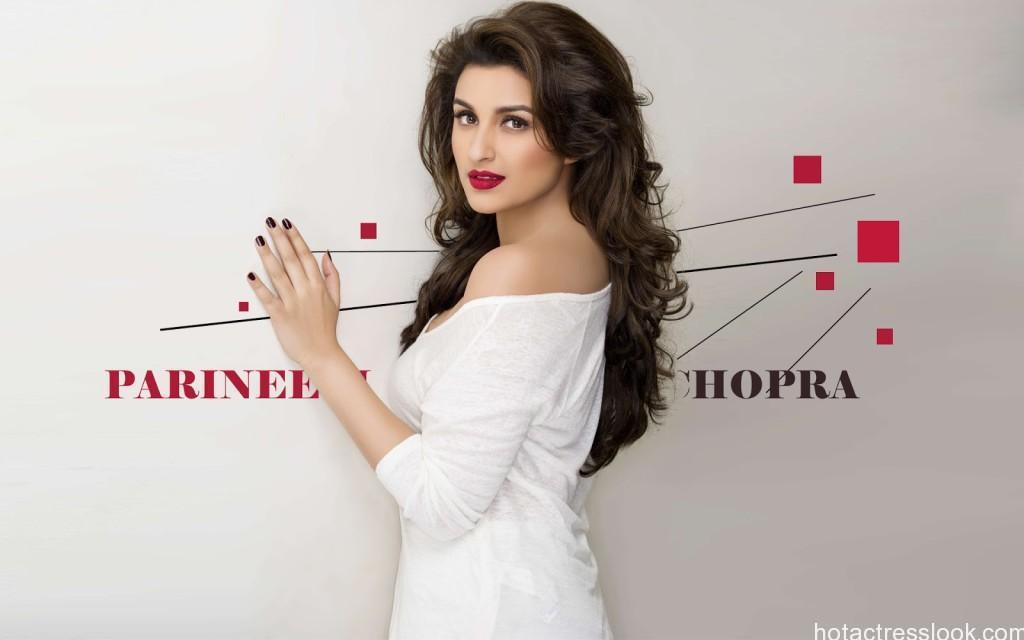 Sexy Parineeti Chopra