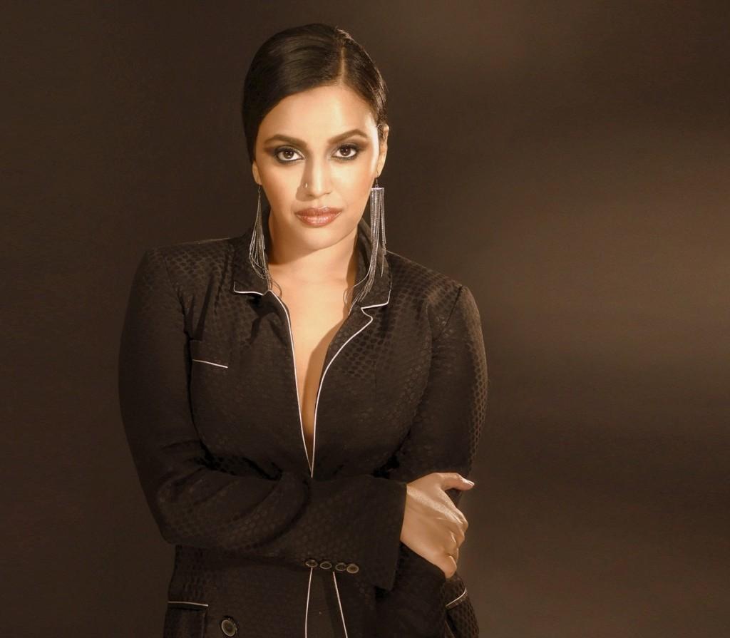 Swara Bhaskar Cute In Black Dress