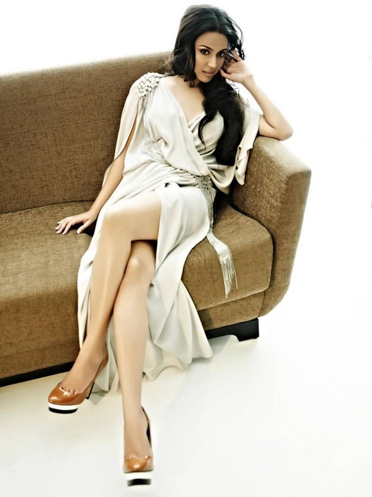 Swara-Bhaskar-Sexy-Photoshoot