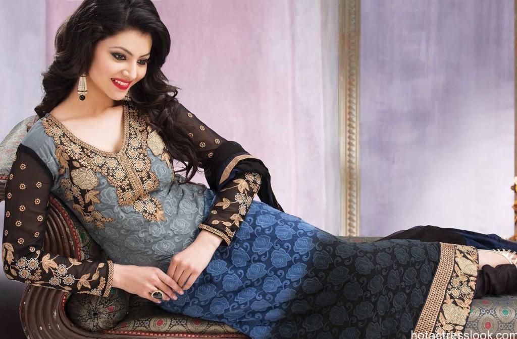 Urvashi-Rautela Naughty