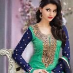 Urvashi-Rautela-sexy photo