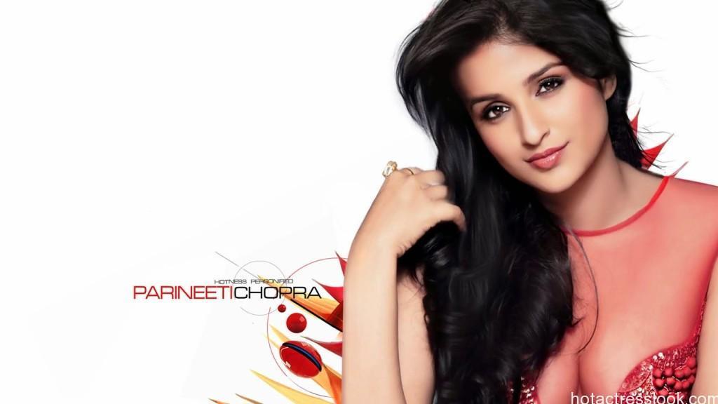 parineeti-chopra looking-sexy
