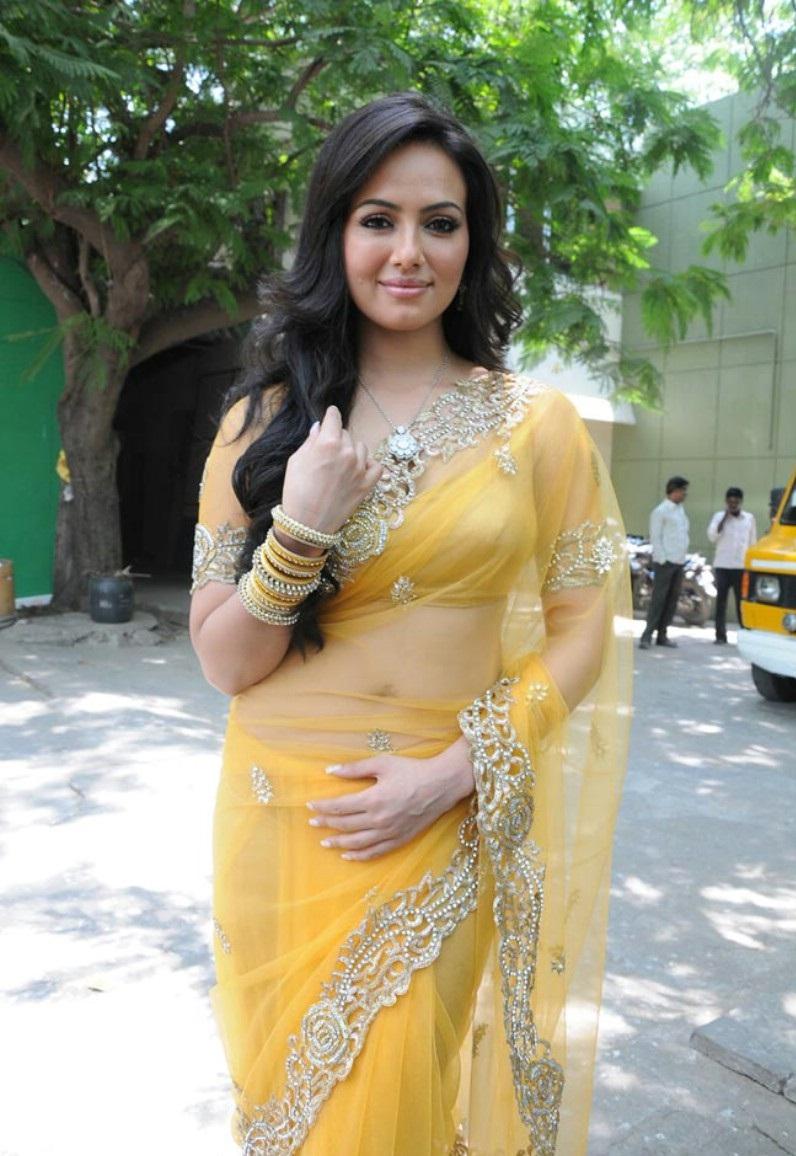 Sana khan hot and sexy pics