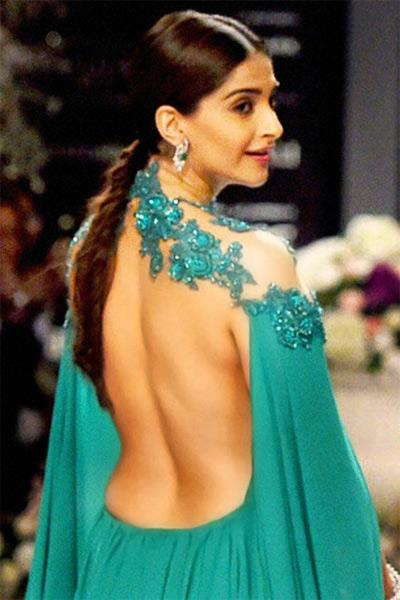 sonam-kapoor-topless-photos