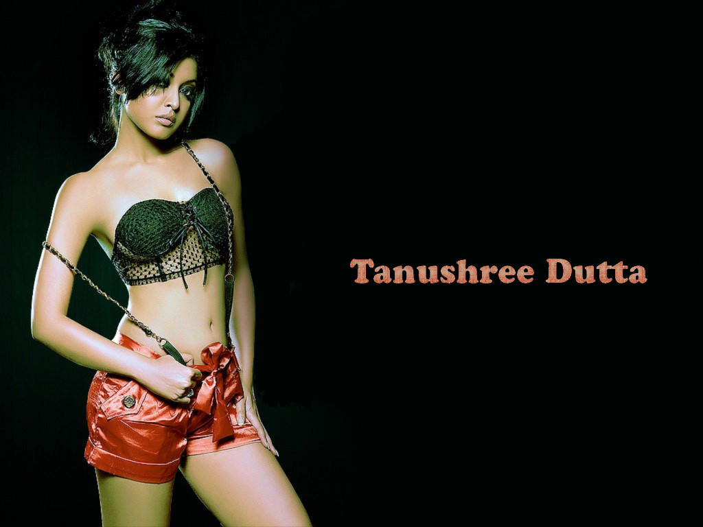 tanushree_dutta sexy pose