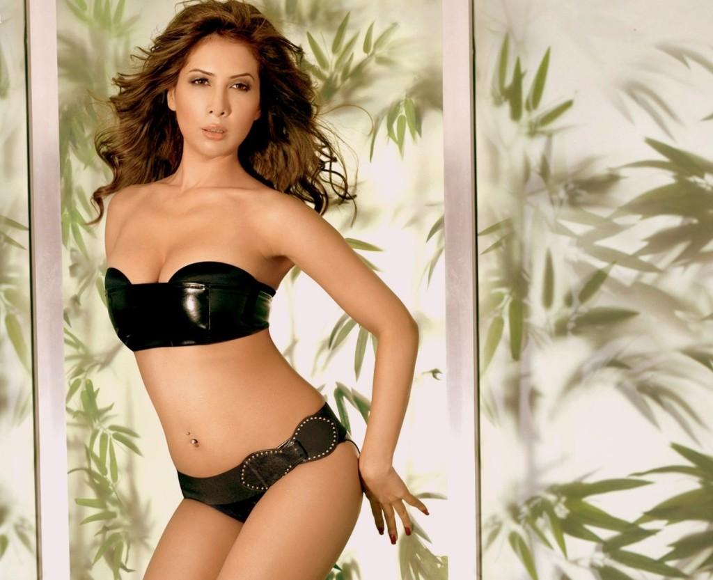 Kim Sharma Black Bikini