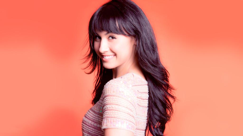 Lauren-Gottlieb Hot Wallpapers