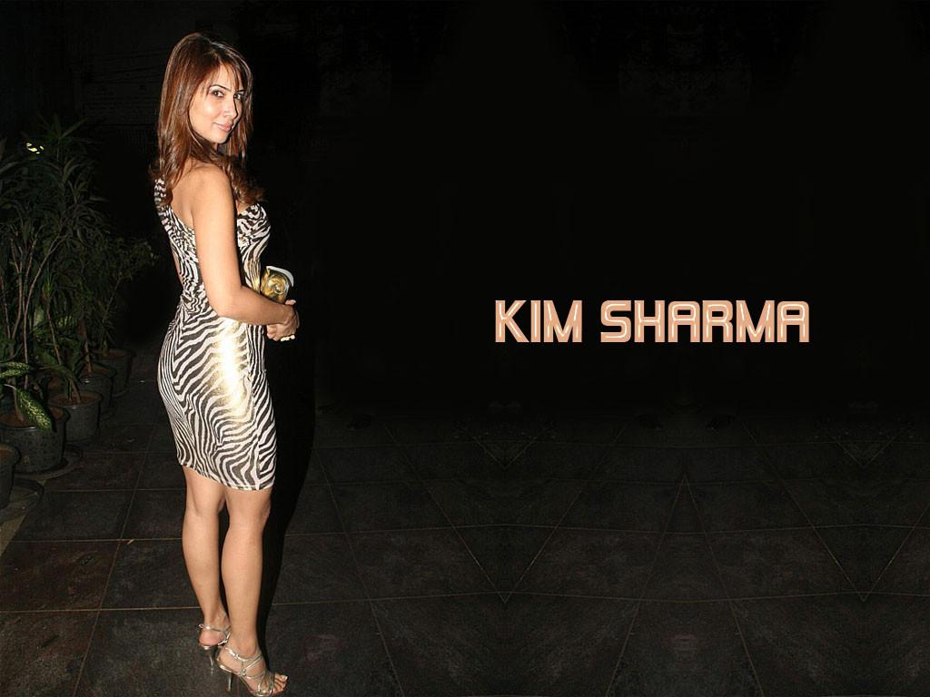 kim-sharma sexy pics