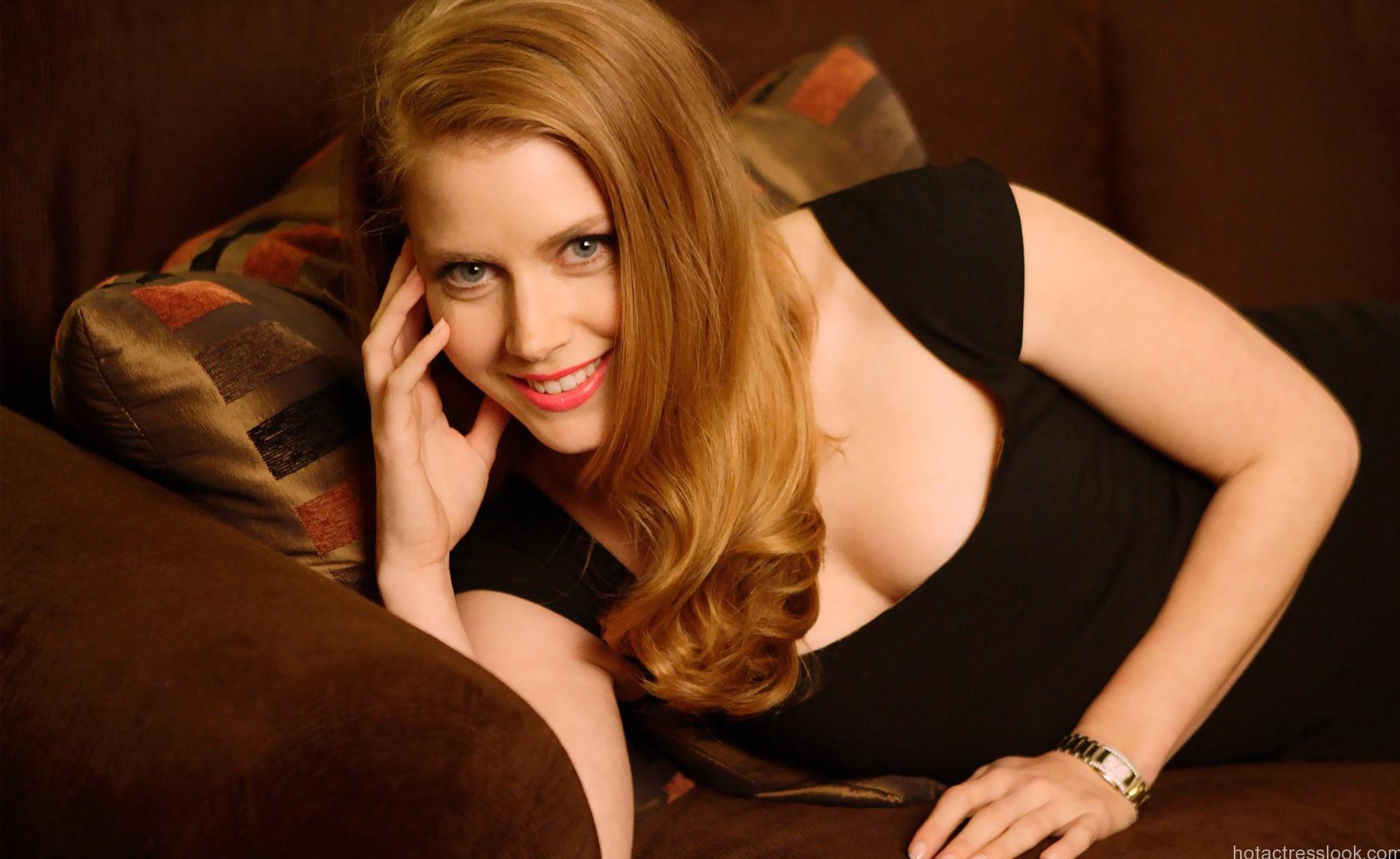 Amy adams Hot looks