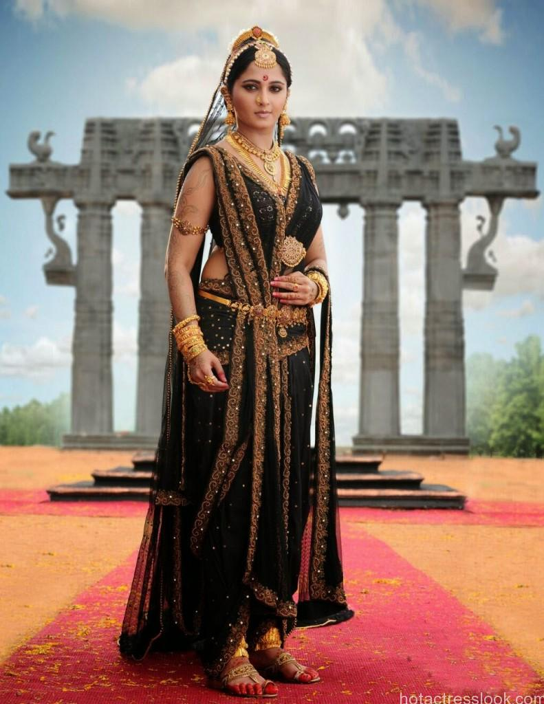 Anushka-Shetty-in-Rudramadevi