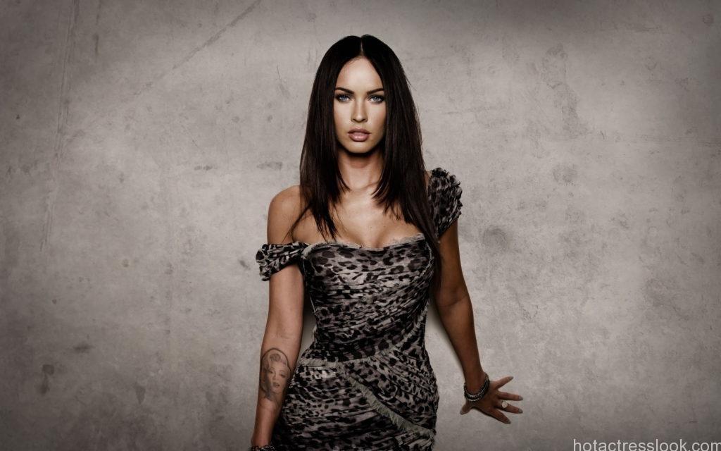 Celebrity-Megan-Fox-8