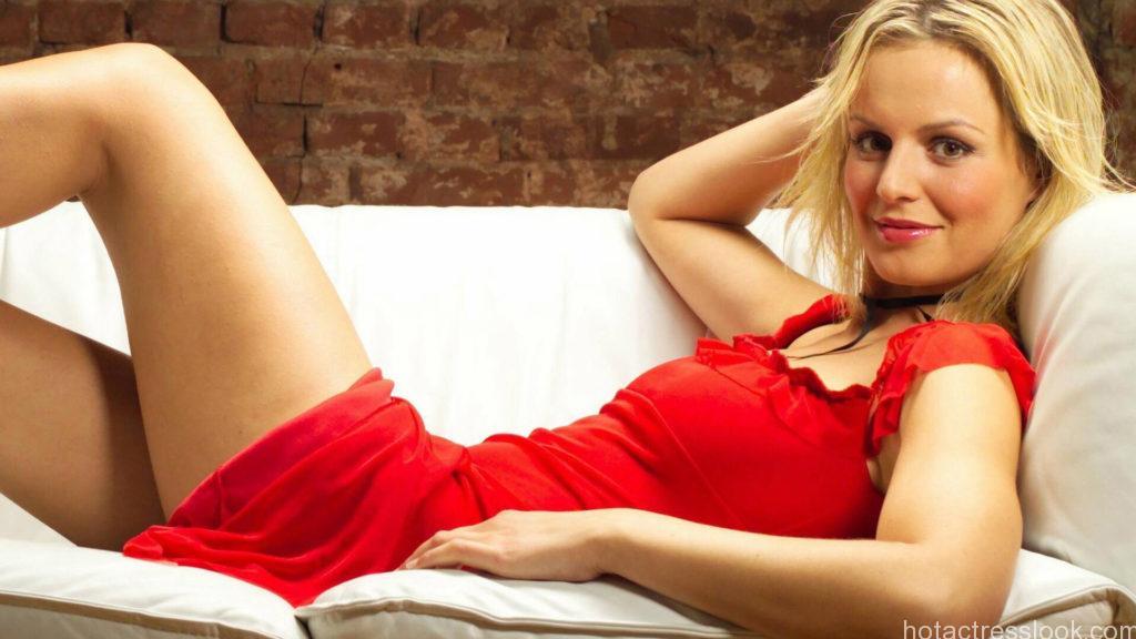 Hot sexy Body-Alicia-Silverstone