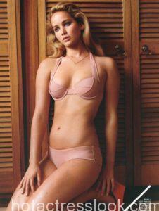 Jennifer Lawrence Latest Sexy Photoshoot In Bikini
